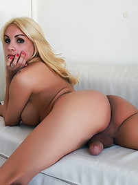 blonde gangbang schemale sex